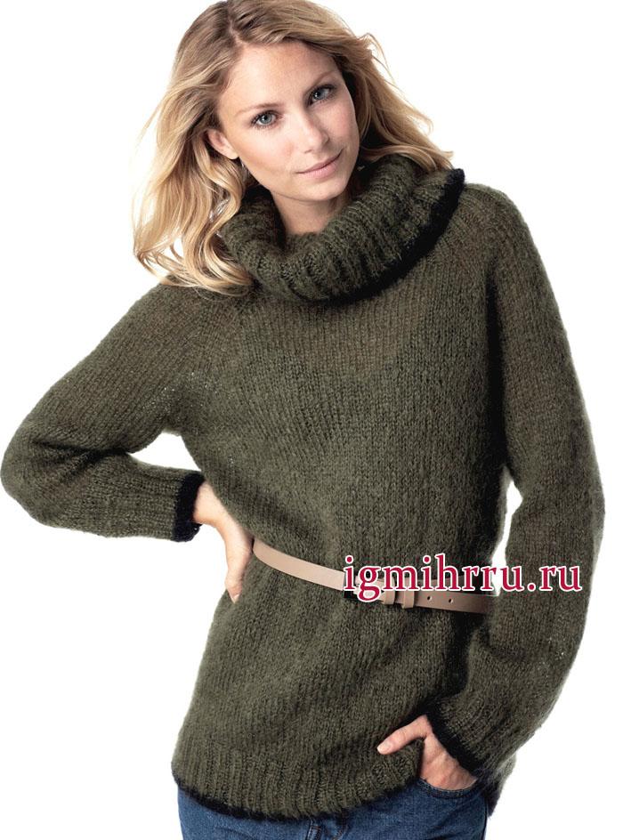 Пушистый мохеровый свитер цвета хаки, связанный вкруговую. Вязание спицами