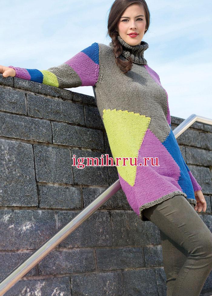 Удлиненный свитер с разноцветными геометрическими узорами. Вязание спицами