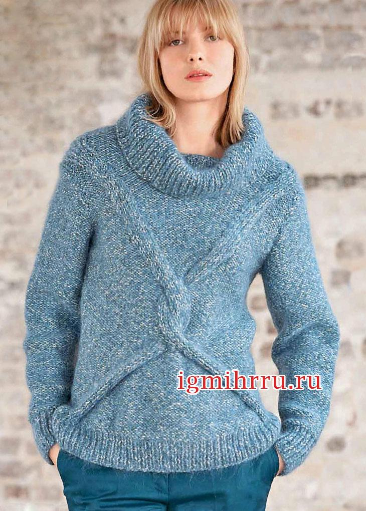 Серо-бирюзовый свитер со смещенными косами. Вязание спицами