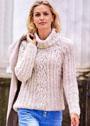 Светлый свитер-реглан с ажурными полосами. Спицы