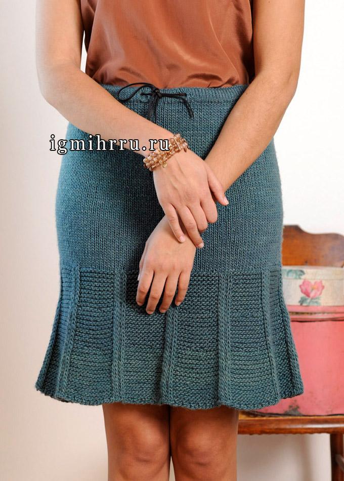 Шерстяная юбка с зубчатым краем, от дизайнера Kristin Omdahl. Спицы