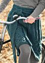 Иссиня-зеленая шерстяная юбка с длинным поясом. Спицы